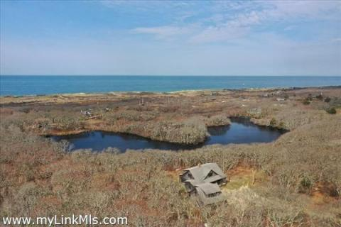 Single Family  Home for Sale in Aquinnah, #38131